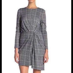 Maggie London long Sleeves plaid Dress